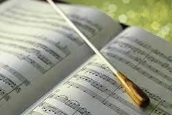 Проводятся курсы повышения квалификации по программе «Современные тенденции в музыкальном образовании» (Хоровое дирижирование)!